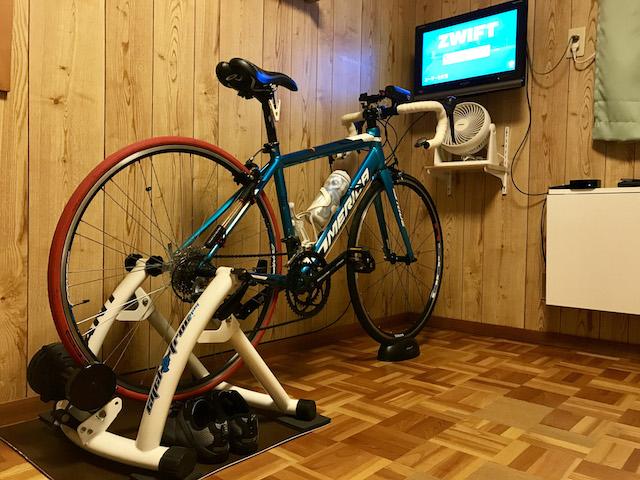 「Apple TV 4K」で 「Zwift」。ローラー台でトレーニングを行うために用意した機材をご紹介。 アイキャッチ