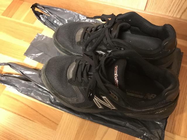 始終拠点で歩き回るための靴