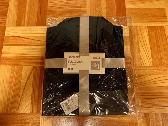 ユニクロのパジャマ(長袖)を購入。開封