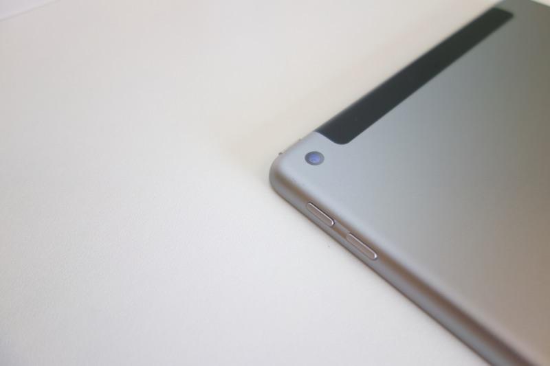 9.7インチiPad(第6世代)に機種変更。カメラ
