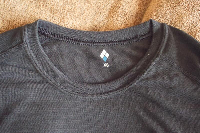 mont-bell(モンベル)のジオライン L.W. ラウンドネックシャツとタイツ Men's。サイズについて