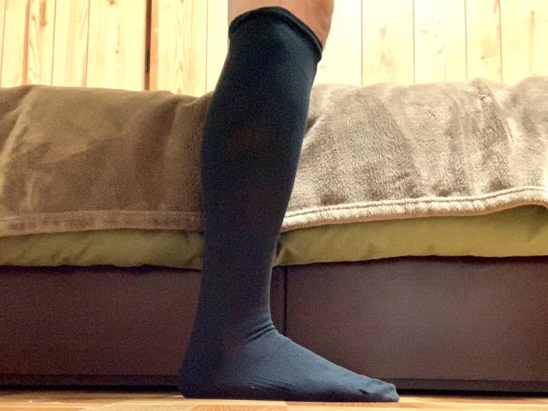 無印良品の足なり直角 着圧 ハイソックス(紳士)。履いてみました。
